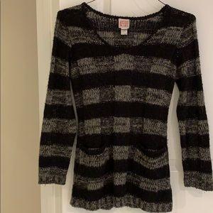 Canyon River Blues V-neck sweater size S
